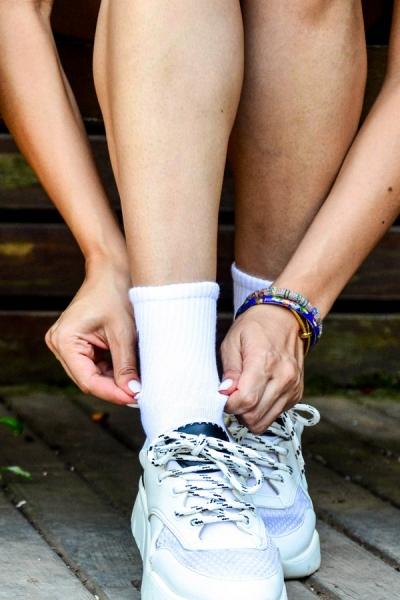 Düz Beyaz Havlu Kadın Atletik Çorap
